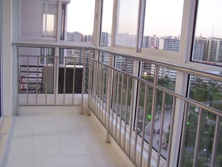 供应组装式阳台栏杆批发商图片