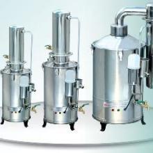 供应蒸馏水器青岛蒸馏水器电热蒸馏水器图片