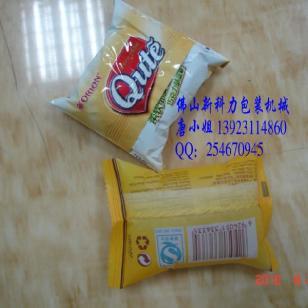山东枕式月饼包装机械图片