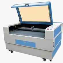 供应纸箱印刷橡胶板制版机批发