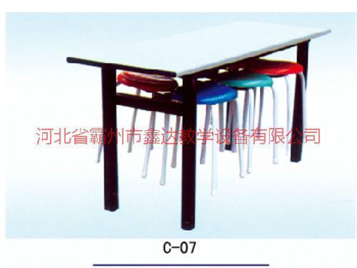 供应香港餐厅桌椅厂家