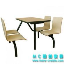 供应防火板餐桌曲木餐椅快餐桌椅