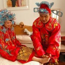 供应武汉中式西式婚礼彩妆造型