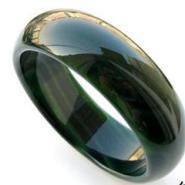 纯天然绿色玛瑙手镯图片