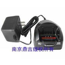 GP2000摩托罗拉对讲机充电器PMTN4092A