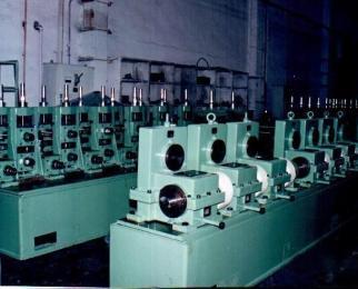 开卷机系列:液压开卷机图片