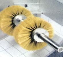 供应纺织皮革鞋材机械用毛刷 制鞋机械涂胶机毛刷 制鞋机械山棕毛刷图片