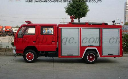 泡沫消防车 湖北随州江南专用特种汽车改装厂高清图片