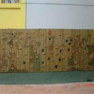 重庆奉节木质攀岩墙图片