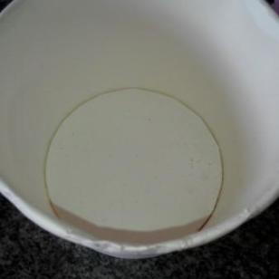 一次性纸碗图片