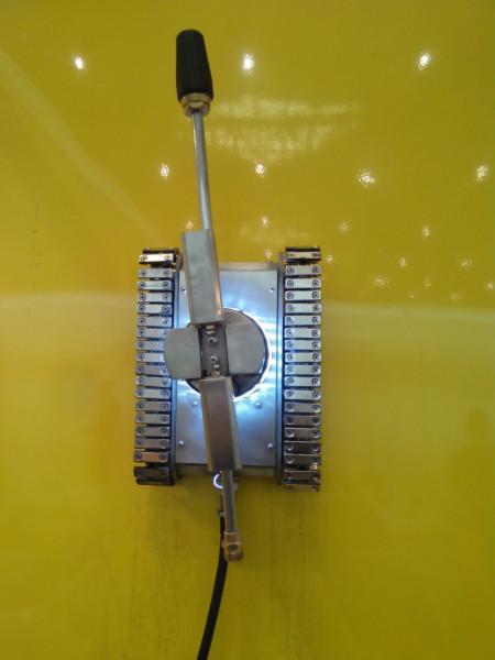 管道油烟清洗机器人