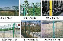 供应新疆侵塑护栏网厂图片