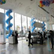 柱子装饰气球链包柱图片