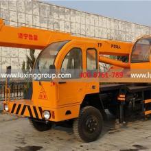 供应济宁鲁星鲁星工程机械自制底盘8吨8HB