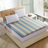 榻榻米床垫活套床垫学生床垫地垫图片