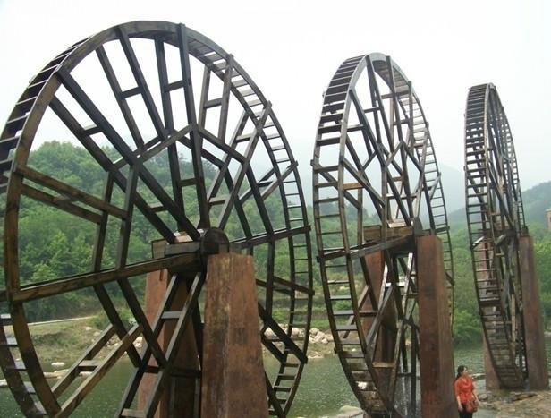 供应防腐木风水轮水车图片