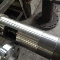 供应知名注塑机螺杆料筒,星涔优质注塑机配件加工