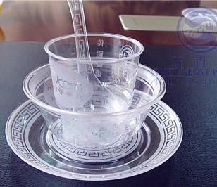 一次性水晶餐具图片