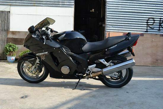 本田超级黑鸟CB00XX销售