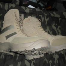 供应户外高筒沙漠靴