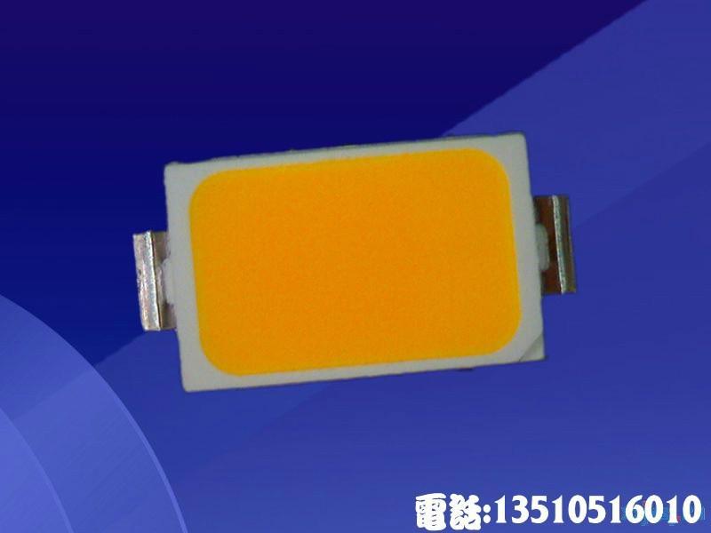 供应5730金黄色贴片灯珠40LM5730贴片灯珠性能好高品质低衰减