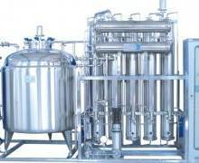 供应多效蒸馏水机图片
