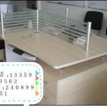 合肥办公家具简约现代4人职员办公桌椅热销时尚屏风卡位员工桌出售图片
