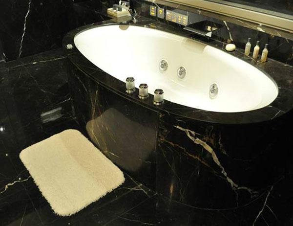 供应吸水地垫浴室吸水地垫