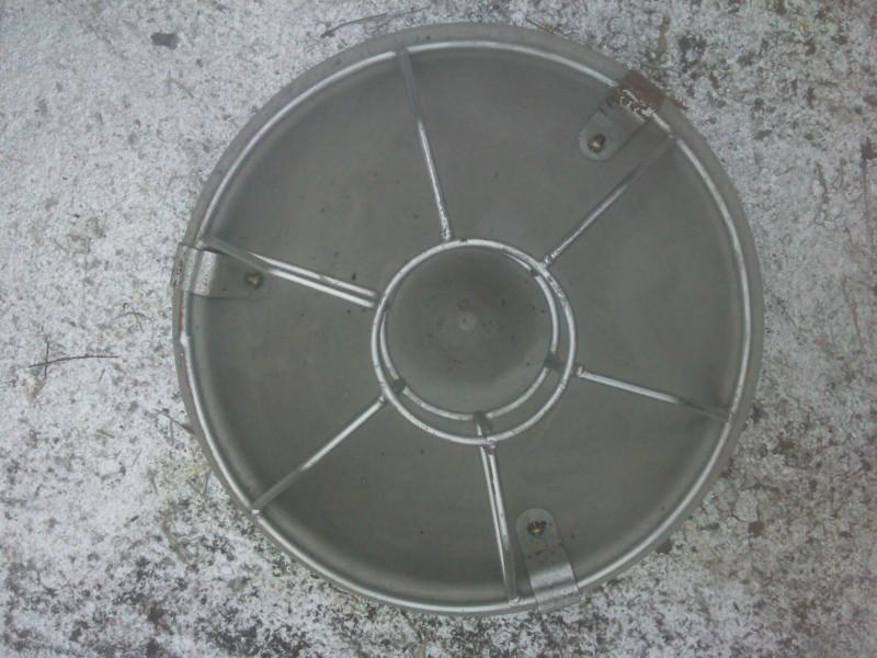 不锈钢_不锈钢供货商_安陆不锈钢奶猪补外壳五金冲压件料器图片