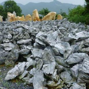 假山石英石哪里最便宜图片