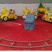 供应信阳社旗单双人4节投币旋转小火车,充电式4-6节儿童乐园小火车,车头款式轨道尺寸可以随意挑选