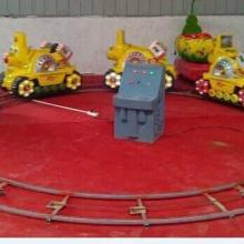 供应信阳社旗单双人4节投币旋转小火车,充电式4-6节儿童乐园小火车,车头款式轨道尺寸可以随意挑选批发