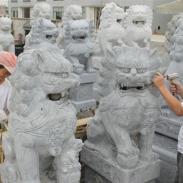石雕石狮子加工联系电话图片