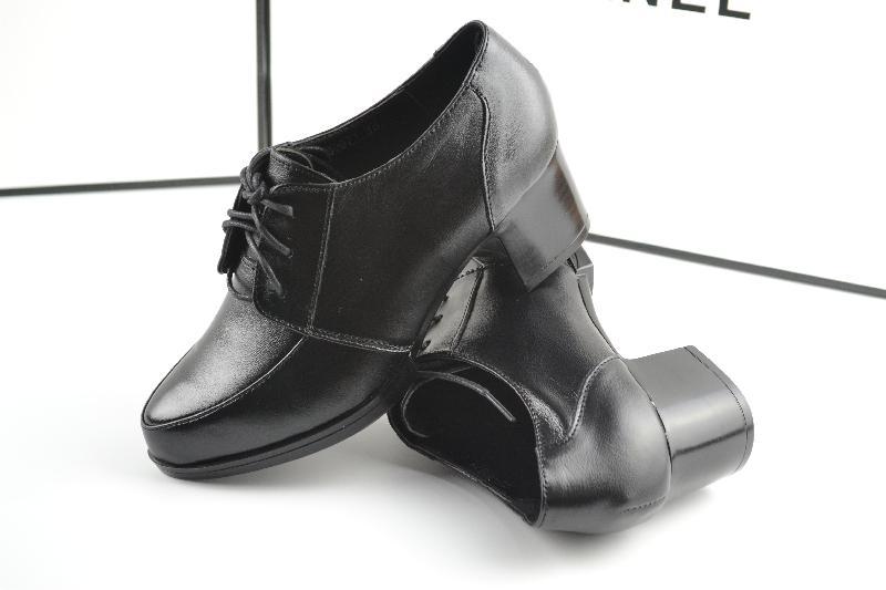 巨华时尚女单鞋貐侯马玉明鞋店供应物超所值的巨华时尚女单鞋