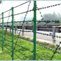农场刺铁丝隔离网牧场刺绳围栏