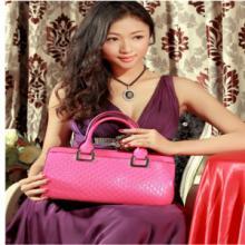供应豪威袋鼠2015新款包包商务休闲优雅欧美女士八字纹牛皮手提包批发