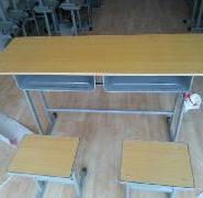 郑州学习桌椅图片
