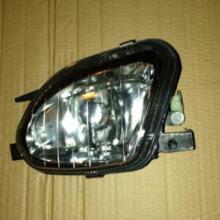 供应用于奔驰雾灯 E240雾灯的奔驰E240雾灯配件图片