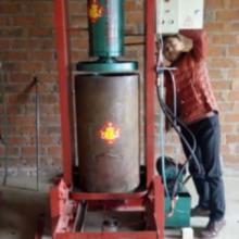 供应山东日照新型立式榨油机厂家销售价格,日照小型压油机多钱一台批发