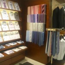 供应株洲服装展示柜,商场服饰展示架