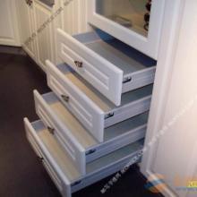 供应用于衣柜橱柜的山西实木门板加工厂,太原纯实木橱柜门,高端实木衣柜柜门门板批发
