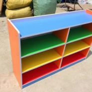 幼儿园玩具收纳柜图片
