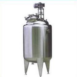 供應不鏽鋼立式儲罐