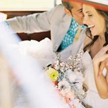 供应摄影婚纱照应