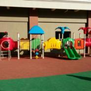 幼儿园塑胶地垫铺设图片